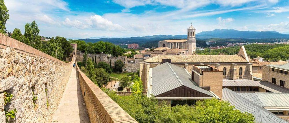 Realiza un free tour por Girona